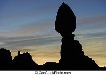 parc national, rocher, voûtes, équilibré, aube
