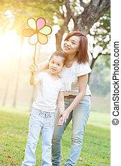 park., jeu mère, enfants, nature