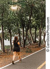 park., marche, asiatique, exercice, femme, énorme