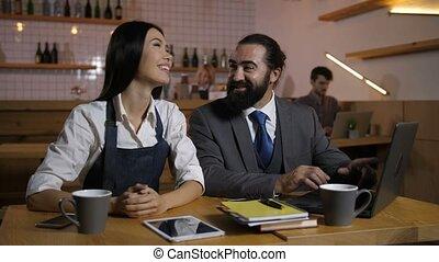 partage, candidat, idées, propriétaire, entrevue, pendant