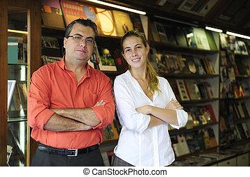 partenaires, propriétaires, entreprise familiale, librairie, petit