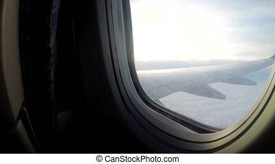 passager, nuages, sur, voler, mauvais, fenêtre, temps, bas, avion, vue