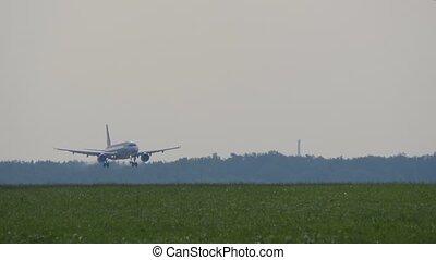 passager, piste, terres, avion ligne, aéroport.