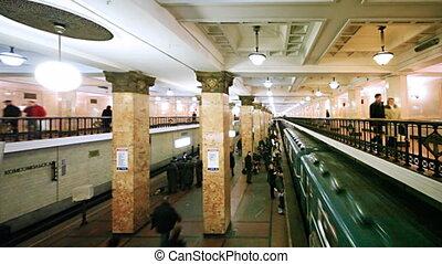 passagers, arrive, renaissance, train, droit, station de métro, côté