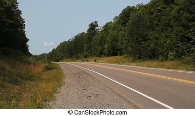 passes, rural, road., argent, suv