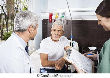 patient, docteur, rapports, regarder, quoique, tenue, infirmière