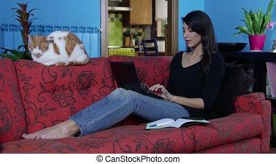 pc, ordinateur portable, femme, fonctionnement, maison