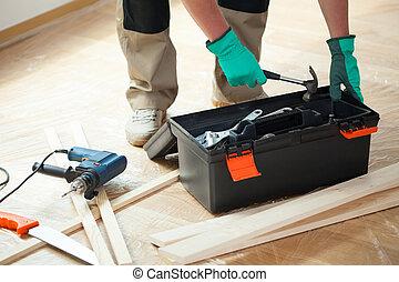 pendant, boîte outils, rénovation, homme