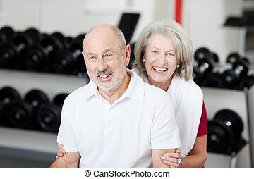 personne agee, affectueux, couple, gymnase, sourire