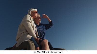 personne agee, séance, couple, voiture