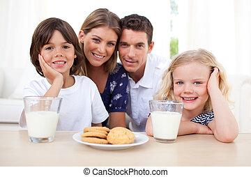 petit déjeuner, famille, sourire, avoir