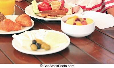 petit déjeuner, manger, enfant