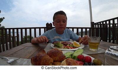 petit déjeuner, manger extérieur, enfant