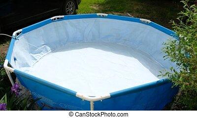 petit, natation, water., tuyau, propre, piscine, écoulement, remplissage, pool., eau