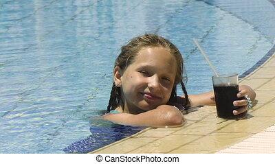 peu, boisson, froid, girl, piscine, natation