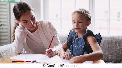 peu, femme, enseignement, jeune, drawing., course, précepteur, girl, mélangé
