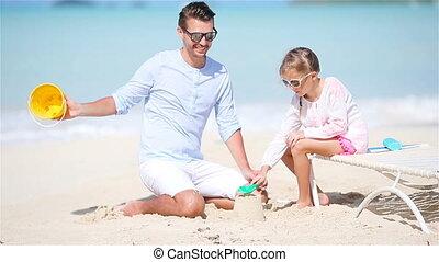peu, fille, père, exotique, sable, confection, plage château