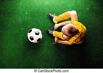 peu, football, contre, herbe, joueur, unrecognizable, vert, studi