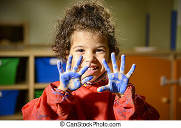 peu, jardin enfants, mains, girl, peinture, heureux