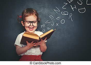 peu, lettres, partir, livre, lecture fille, lunettes
