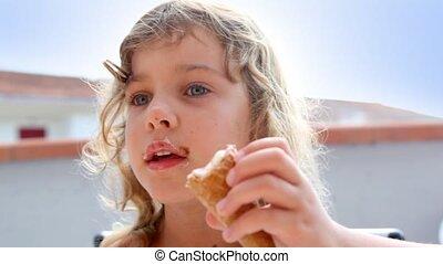 peu, manger, girl, glace