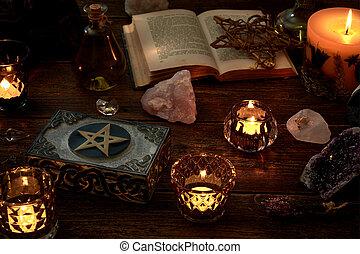 peu, mystique, vie, book., suivant, ou, boîte, pierres, pentagram, pendule, ésotérique, bougies, précieux, ouvert, brûlé, encore