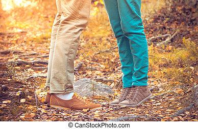 pieds, style, femme, amour, romantique, nature, saison, couple, automne, extérieur, fond, branché, mode, homme