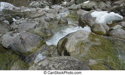 pierres, montagne, rivière