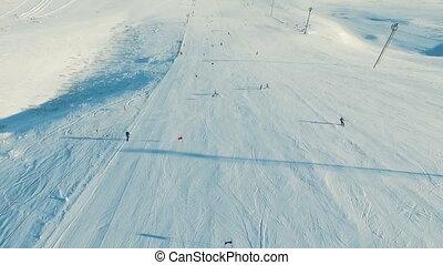 piste, géant, ski-lift., skieur