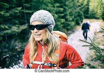 piste, marche, randonneurs, couple, forêt