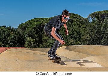 piste, pompe, skateboarder, parc