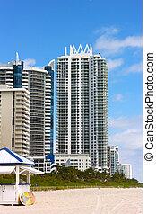 plage, bâtiments, plage., floride, miami, moderne, ensoleillé, day., recours, clair, architecture, long, plage