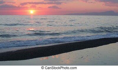 plage coucher soleil, mer