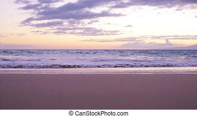 plage coucher soleil, vagues