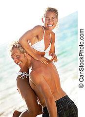 plage, couple heureux, jeune