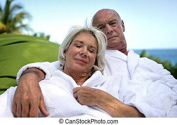 plage, couple, mûrir, spa, apprécier, week-end
