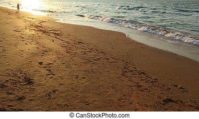 plage, courant, gosses, coucher soleil, deux