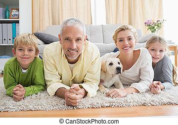 plancher, enfants, parents, leur, chiot, heureux
