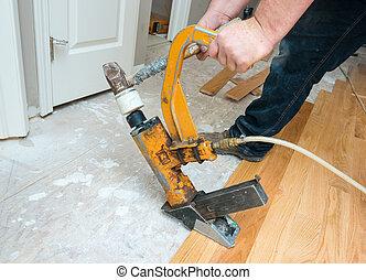 plancher, installation, bois dur