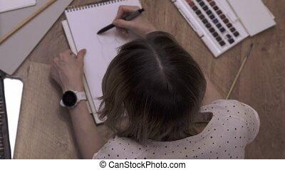 plancher, pencil., poser, femme, confection, artiste, plat, croquis, mensonge