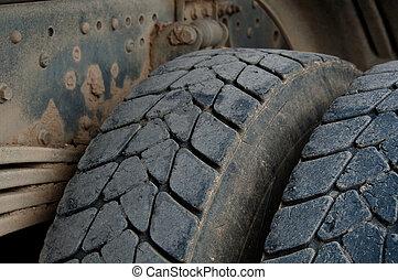 pneus, camion, décharge