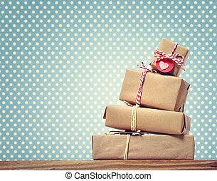 points, cadeau, fait main, sur, polka, boîtes, fond