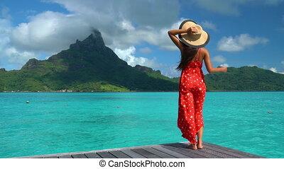 polynésie, femme, voyage, vacances, paradis, francais, marche, bora, plage, motu