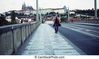 pont, city., prague, sac, courant, mûrir, homme affaires