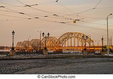 pont, daugava, sur, riga, tôt, lettonie, ferroviaire, rivière, matin