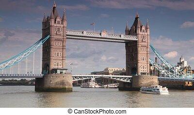 pont, grand, aller, lentement, sous, tour, excursion, bateau