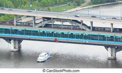 pont, métro, luzhnetsky, arrêts, train, va, station, vorobevy, montagnes