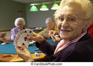 pont, personne agee, adultes, jouer