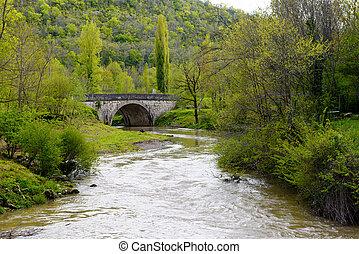 pont, rivière, vieux, montagnes