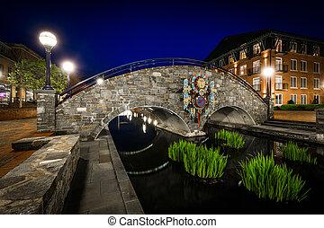 pont, ruisseau, parc, frederick, sur, carroll, maryland., nuit, linéaire